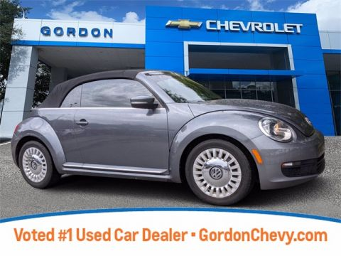 Pre-Owned 2013 Volkswagen Beetle 2.5L FWD 2D Convertible